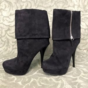 Candie's black faux suede heel cuff boot